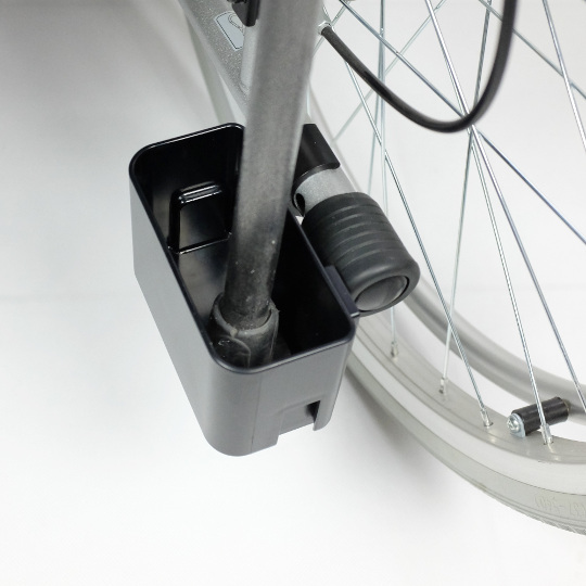 Držák hole/berle na invalidní vozík